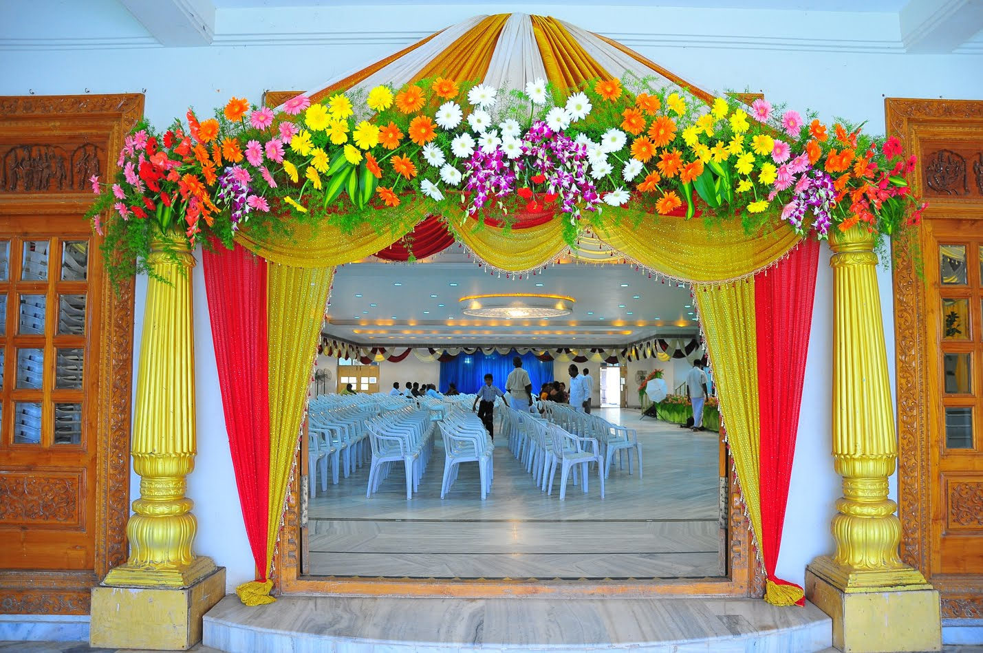 Birthday party with flower decoration birthday party planner in noida flower decoration junglespirit Choice Image